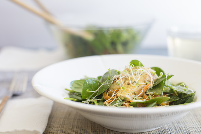 Green Tea Chicken with Golden Dressing and Sprouts