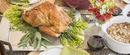Roast Turkey & Thanksgiving Sides for 6