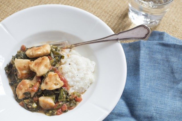 Chicken & Grits with Collard Gravy