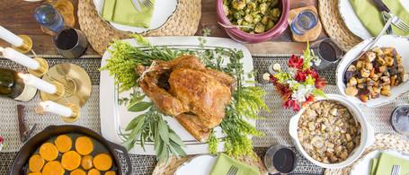 Roast Turkey & Thanksgiving Sides for 12