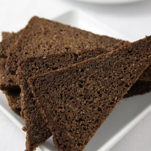 Pumpernickel Pullman Bread