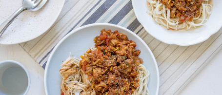 Spaghetti 'Bolognese' with Seitan, Summer Squash & Roasted Red Pepper