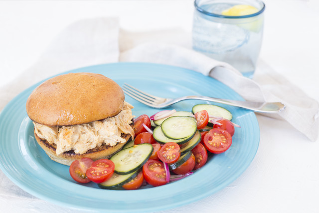 Pulled Chicken Sandwich with White Barbecue Sauce & Cucumber Tomato Salad