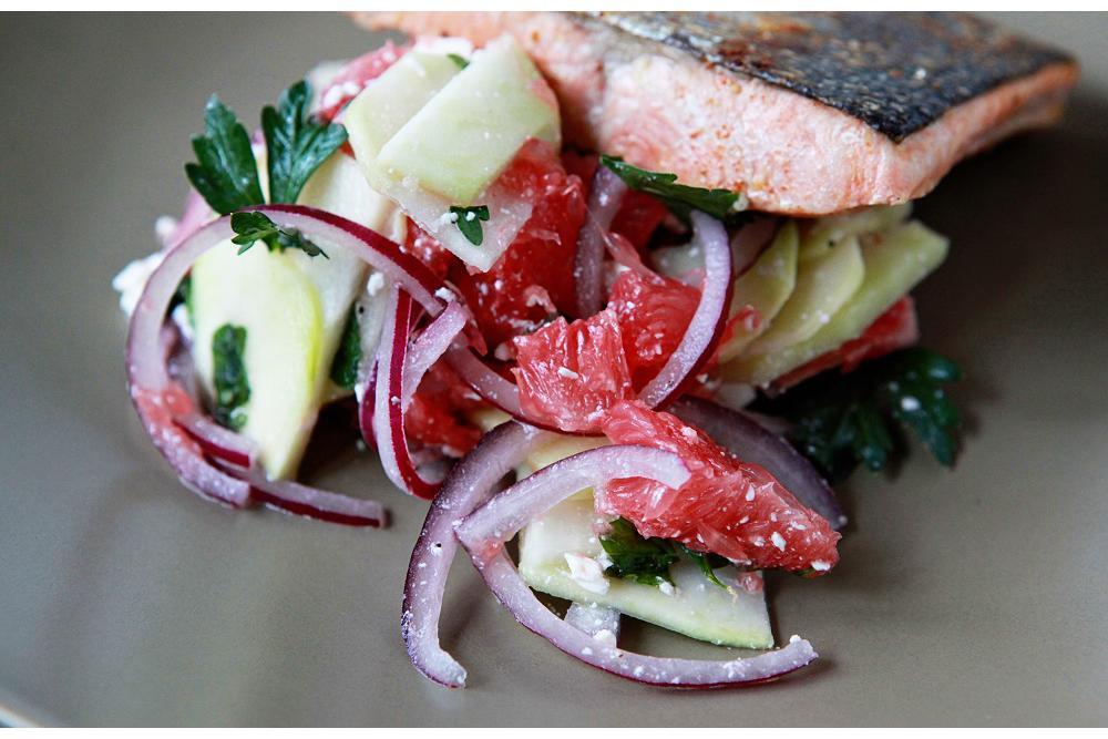 Salmon with Grapefruit and Kohlrabi Salad
