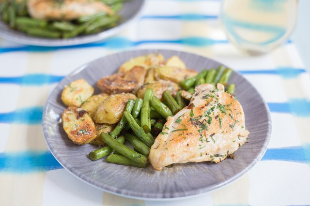 Herbed Chicken with Garlicky Green Beans and Potatoes
