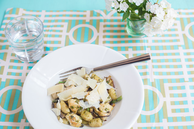 Gnocchi with Chicken, Pesto, and Snap Beans