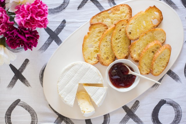 Sweetgrass Dairy Green Hill with Elderberry Preserves